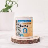 Ω3️ Et si on vous parlait des acides Oméga 3 ? Connaissez-vous leurs nombreux bienfaits ? 🤩  Les acides Oméga 3 ont largement prouvés qu'ils étaient essentiels et nécessaire au bon fonctionnement de notre organisme. Malheureusement, notre corps ne sait pas en fabriquer tout seul et nécessite des apports extérieurs. On en retrouve par exemple dans l'alimentation notamment chez les poissons gras ou les oléagineux tels que la noix, ou le lin.   Parmi les nombreux effets sur la santé, l'Oméga 3 participe et favorise le bon fonctionnement du système cardio-vasculaire et du système nerveux notamment en cas de stress ou de dépression. Il joue également un rôle sur toutes formes inflammatoires chroniques et aide aussi à la perte de poids en améliorant la composition corporelle et le developpement la masse musculaire.  Durant la grossesse, il est un allié essentiel aux besoins nutritionnels de la future maman ! Pensez-y 🙂  Pour plus d'informations, vous pouvez nous contacter par messages ou encore mieux, vous pouvez venir nous rendre visite dans nos herboristeries de Milly-la-Forêt et de Sceaux. Nous serons ravis de vous dévoiler les nombreuses vertus de cette huile magique ✨  #millymenthe #bienetre #santé #health #herboristerie #herboriste #plantesmedicinales  #madeinfrance #millylaforet #sceaux #cocooning #marquefrancaise #herboristerie #plantesmedicinales #phytotherapie #remedenaturel #naturopathie #medecinenaturelle #santenaturelle #herboriste #naturopathe #bienetrenaturel #immunité #vivresainement #antistressnaturel #vitalité #booster #energie #astucesnaturelles